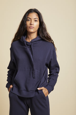 OJAI ORGANIC COTTON HOODIE IN NAVY