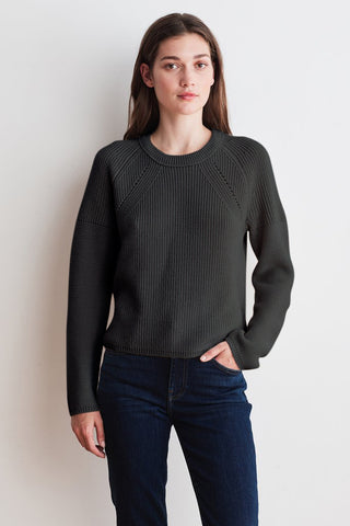 PATICIA ENGINEERED STITCHES TOP IN COAL