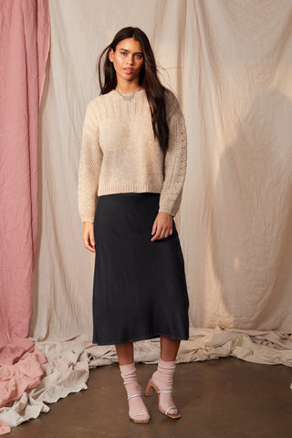 TAELYN SILK VELVET SKIRT IN BLACK