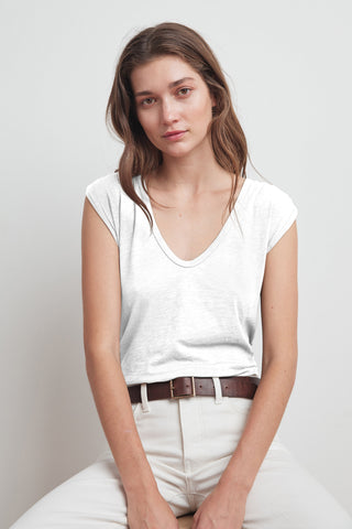 JAYDEN COTTON SLUB SCOOP NECK TEE IN WHITE