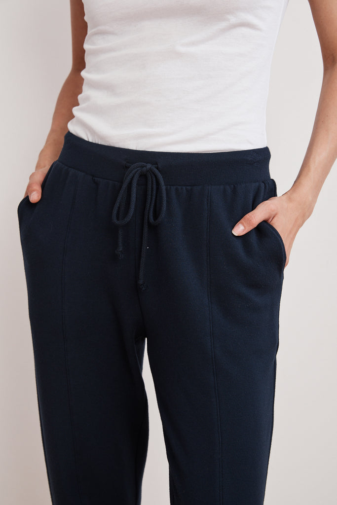 KAPPA LUXE FLEECE TRACK PANT IN NIGHT