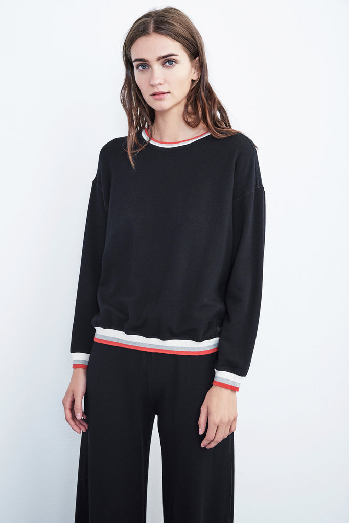 BEATRICE FLEECE CREW NECK PULLOVER IN BLACK
