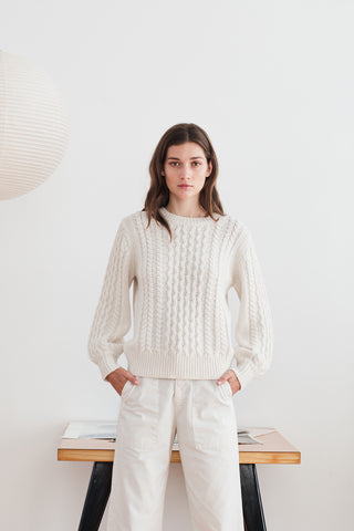 KIANA CABLE KNIT SWEATER IN MILK