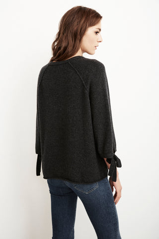 NICOLETTE CASHMERE 3/4 SLEEVE SWEATER IN CHARCOAL
