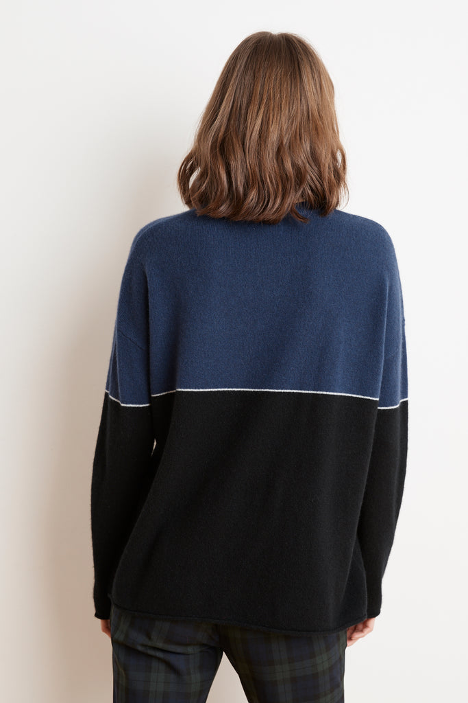 RAVEN COLOR BLOCKED CASHMERE SWEATER IN COBALT