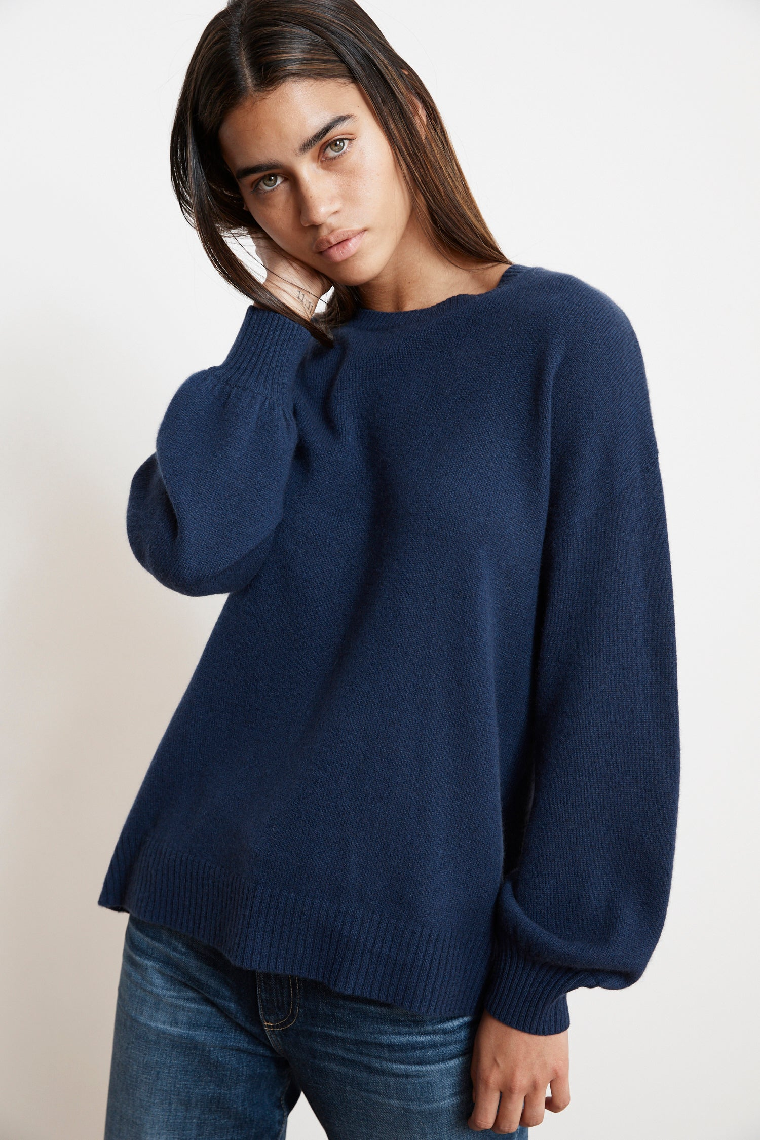 SELINA CASHMERE CREW NECK SWEATER IN COBALT