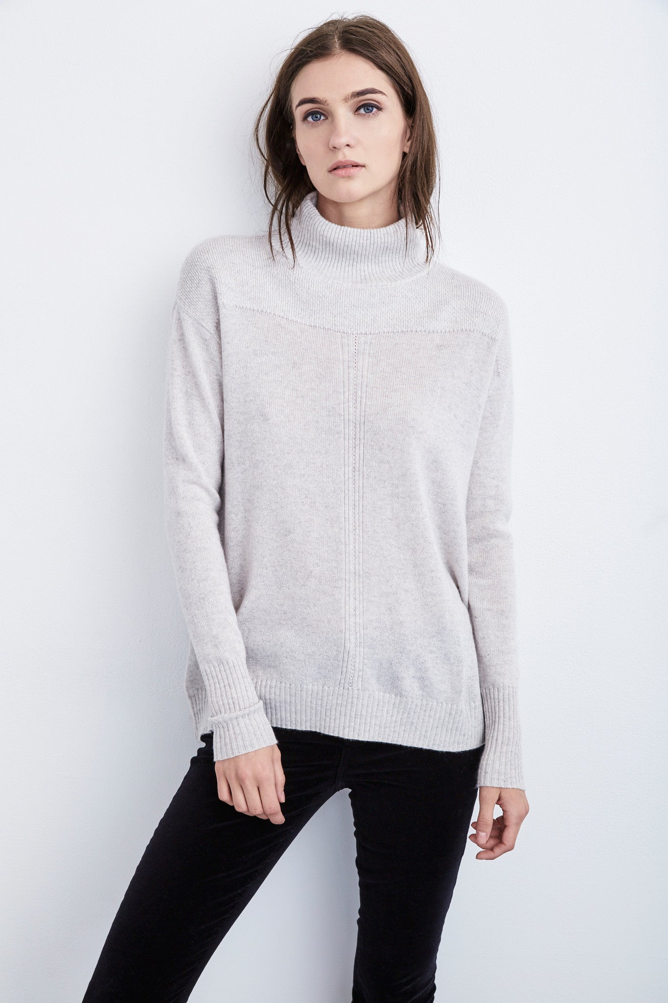 ROSA MOCK NECK CASHMERE SWEATER IN WINTER