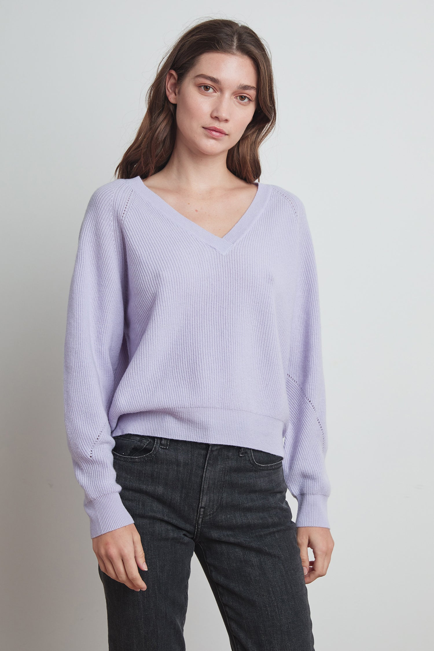TONYA CASHMERE BLEND SWEATER IN LILAC
