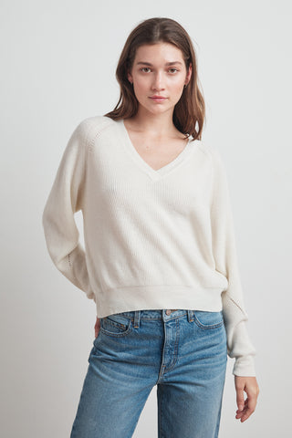 TONYA CASHMERE BLEND SWEATER IN MILK