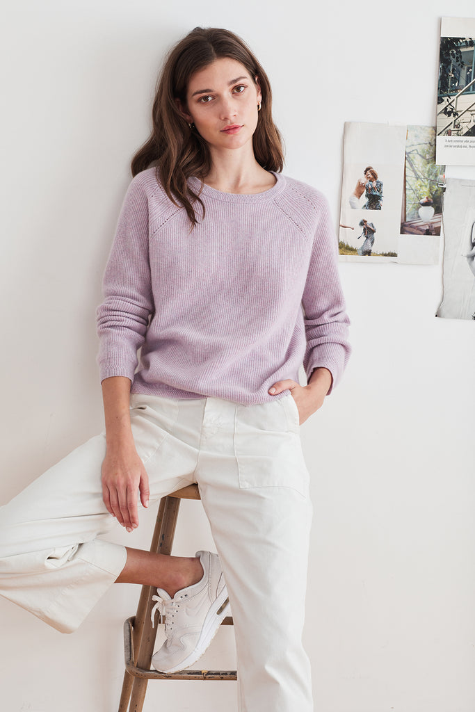 DORA CASHMERE CREW NECK SWEATER IN BLOSSOM