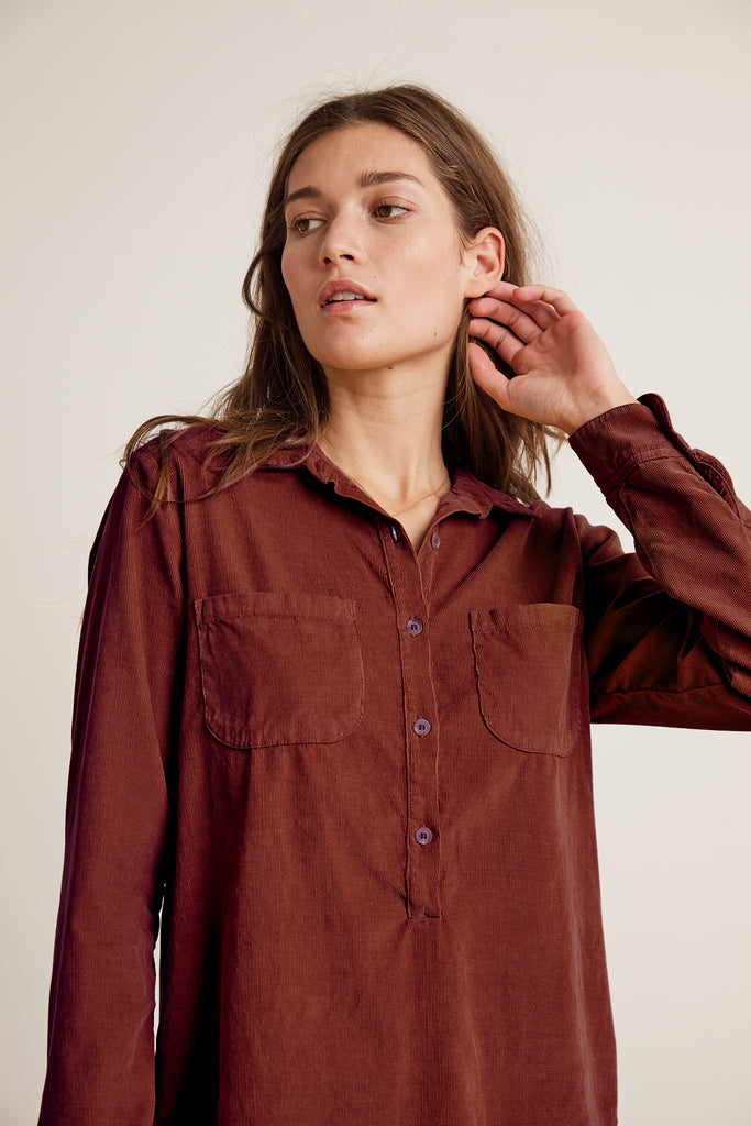 ARIELLE CORDUROY TOP IN BORDEAUX