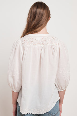 CATHERINE EYELET EMBROIDERY TOP IN PEARL