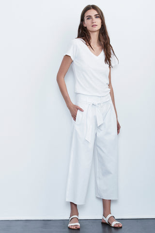 ARISA COTTON TWILL CROPPED WIDE LEG PANT IN WHITE