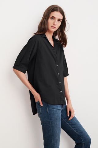 LAURA COTTON WOVEN SHORT SLEEVE BUTTON UP SHIRT IN BLACK