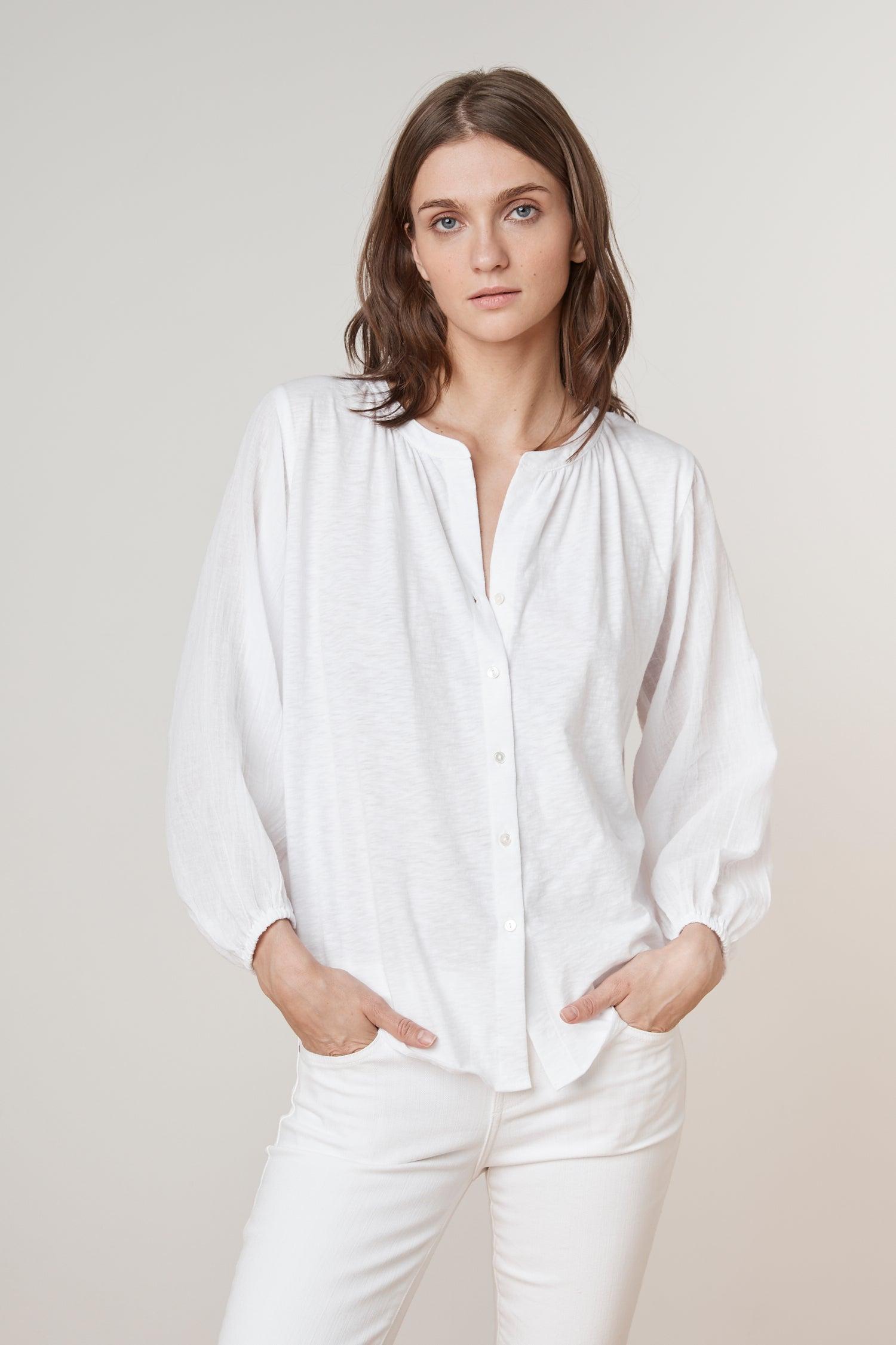 HAYES COTTON CONTRAST BUTTON UP TEE IN WHITE