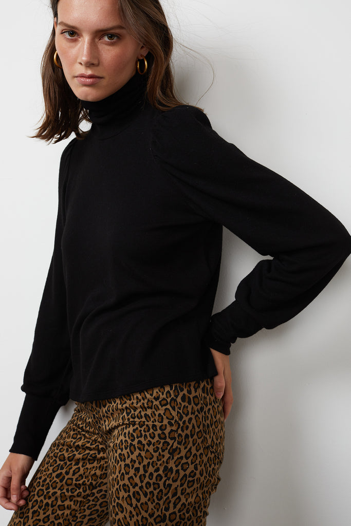 RUE COZY LUX TURTLENECK SWEATER IN BLACK