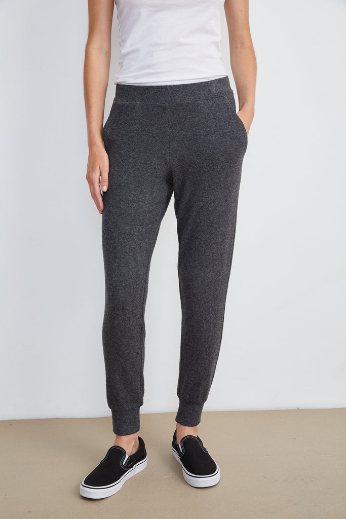 ZOLIA COZY LUX JOGGER IN ANTHRACITE
