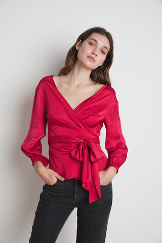 EVERLEE SATIN VISCOSE BLOUSE IN CHERRY