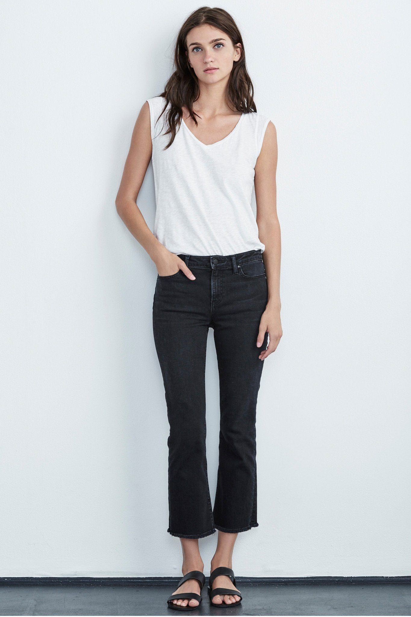 TWIGGY HIGH RISE CROP JEAN IN COAL