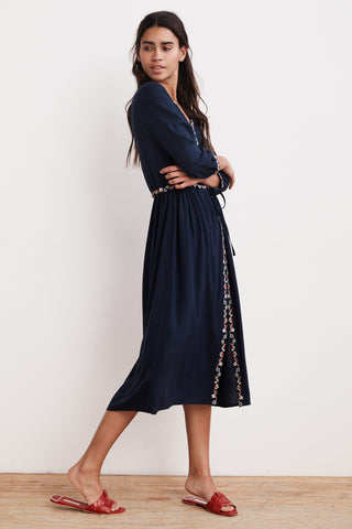 LYDIA FLORAL EMBROIDERED CHALLIS MIDI DRESS IN NAVY