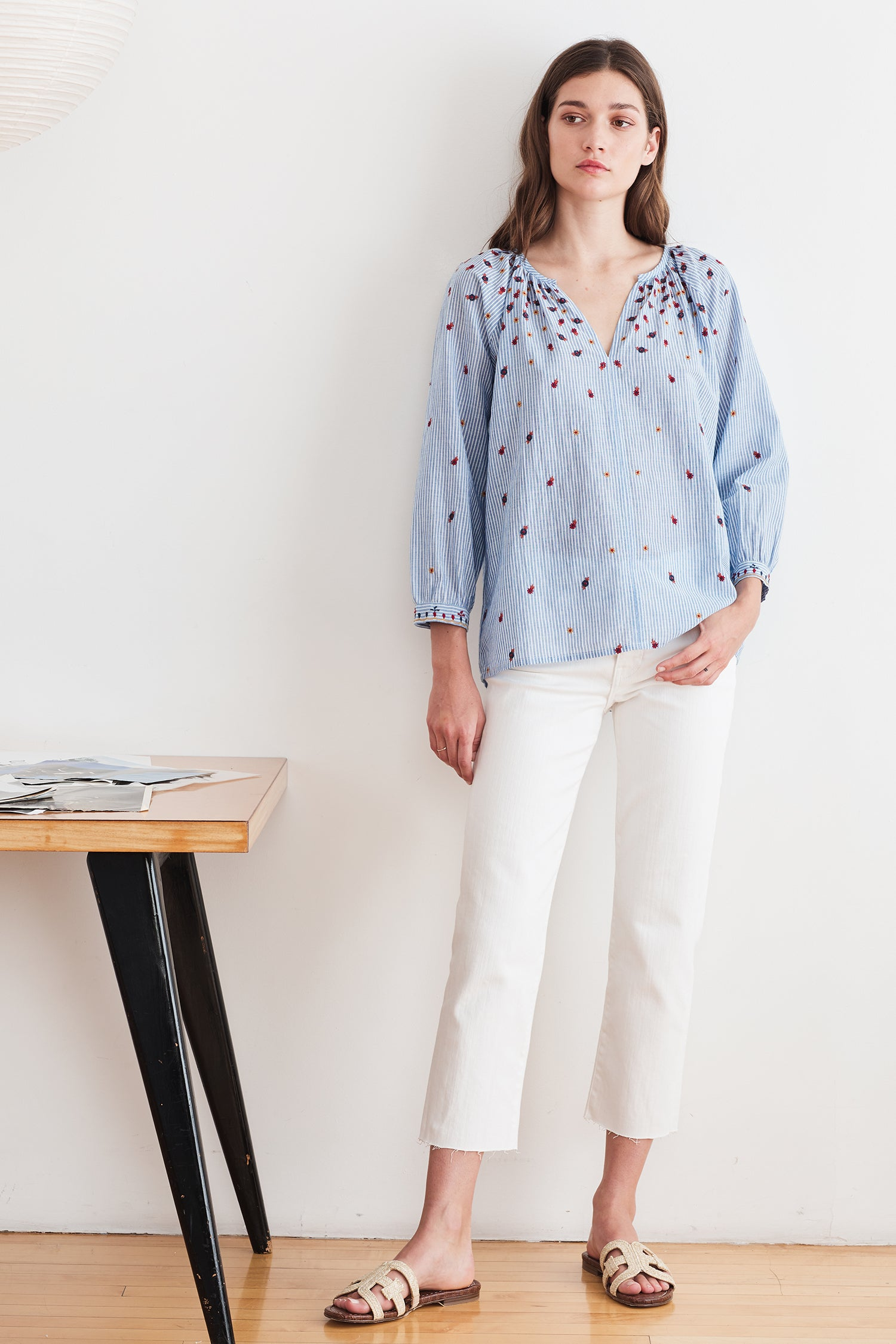 MORIE FLORAL EMROIDERED CHAMBRAY BLOUSE IN STRIPE