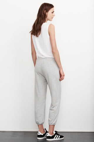 BLITHE FLEECE DRAWSTRING SWEATPANT IN HEATHER GREY