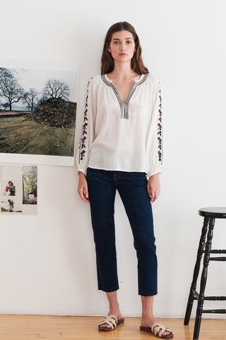 HUNTER FLORES EMBROIDERY BLOUSE IN OFF WHITE