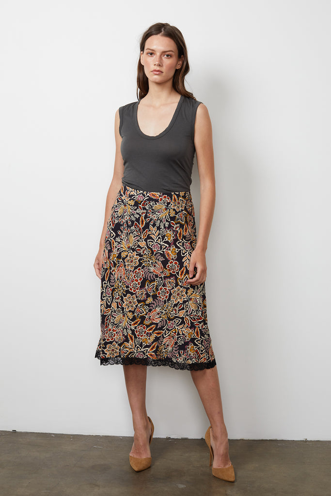 MOANNA PRINTED CHALLIS SKIRT IN FIREGLOW