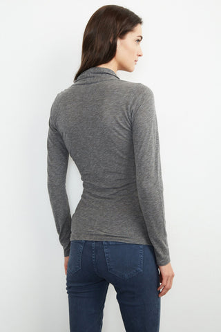 MERI WRAP FRONT TOP IN CHARCOAL