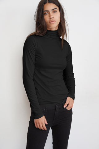 TALISIA GAUZY WHISPER CLASSICS TOP IN BLACK