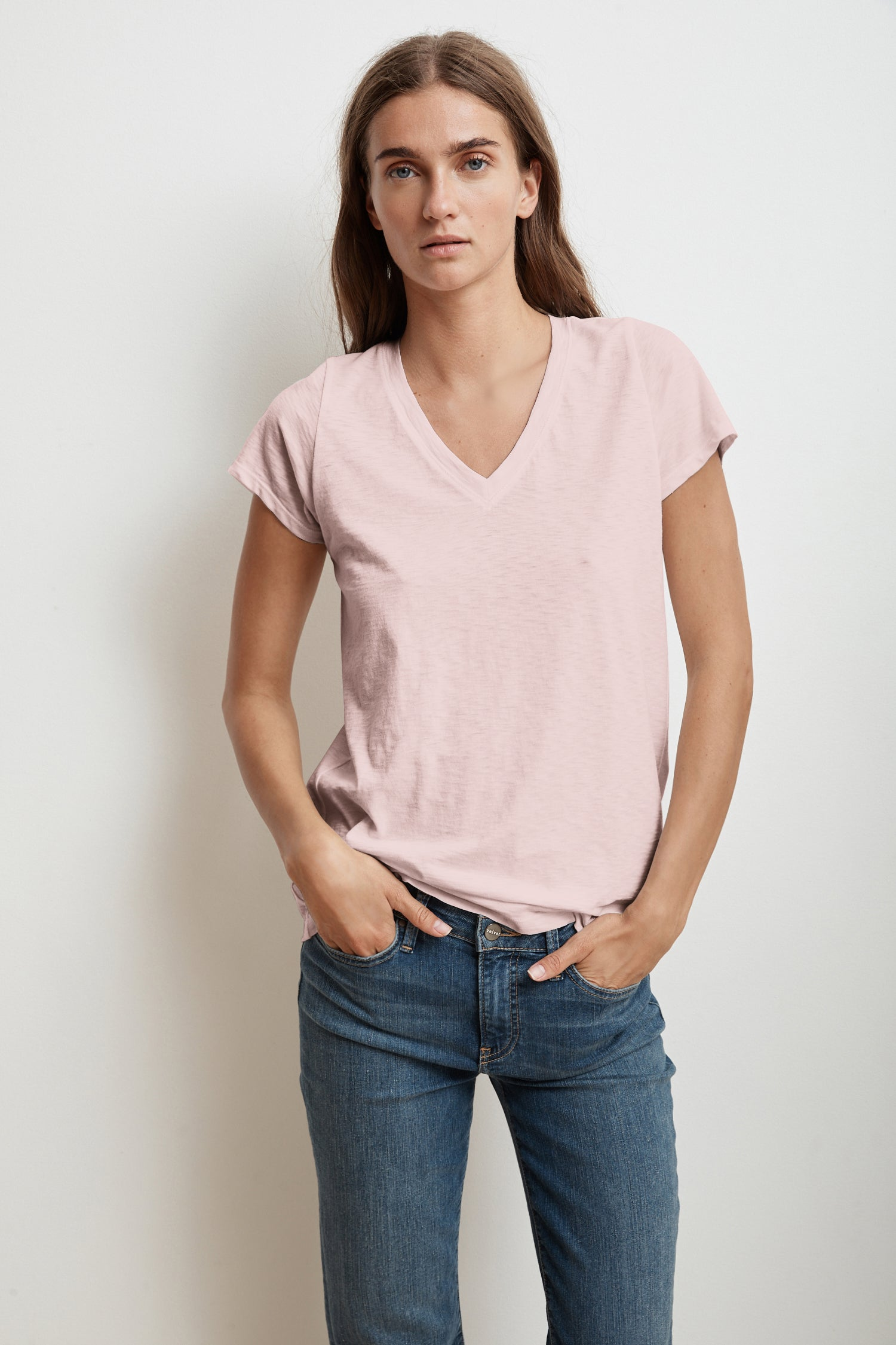 JILL SHORT SLEEVE V-NECK TEE IN BUBBLE