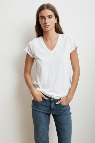 JILL SHORT SLEEVE V-NECK TEE IN WHITE