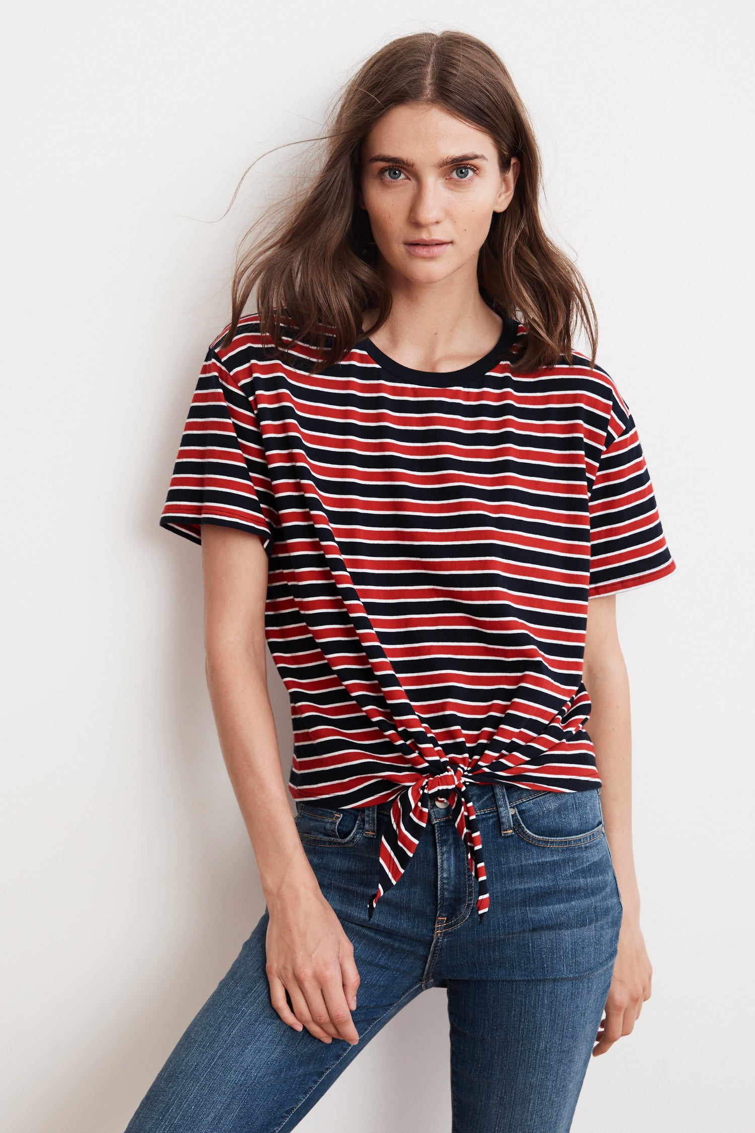 SCARLA KNIT STRIPE TIE FRONT TEE IN RED