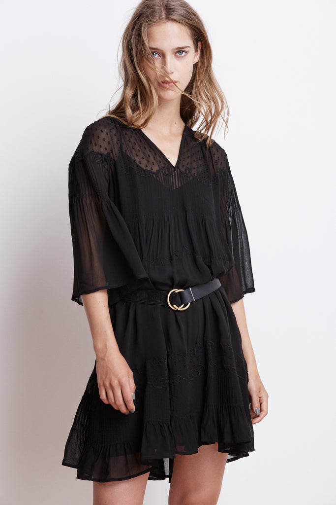 CHERISH LAOS CHIFFON PINTUCK DRESS IN Black