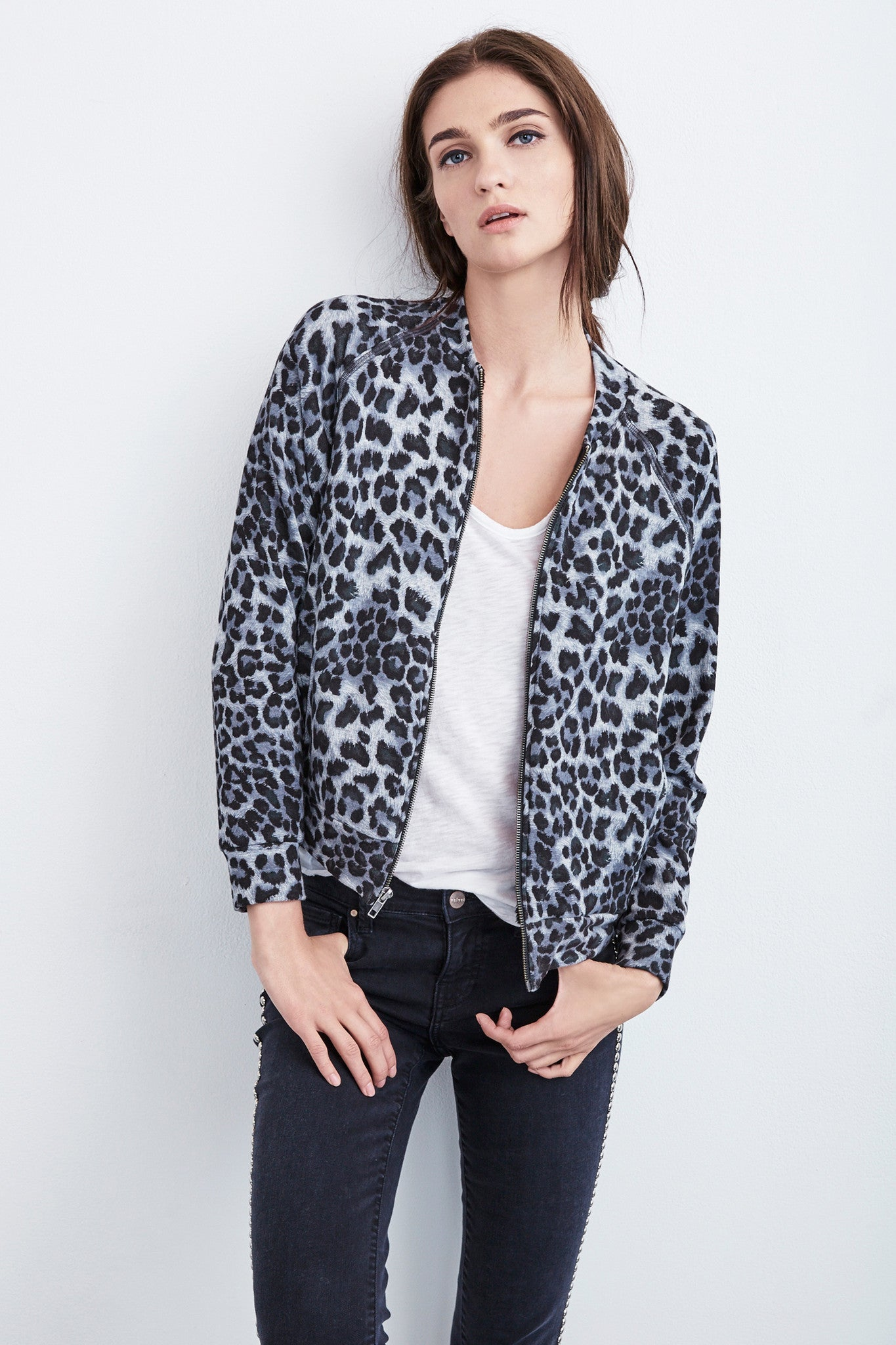SUNNI BOMBER JACKET IN LEOPARD FLEECE