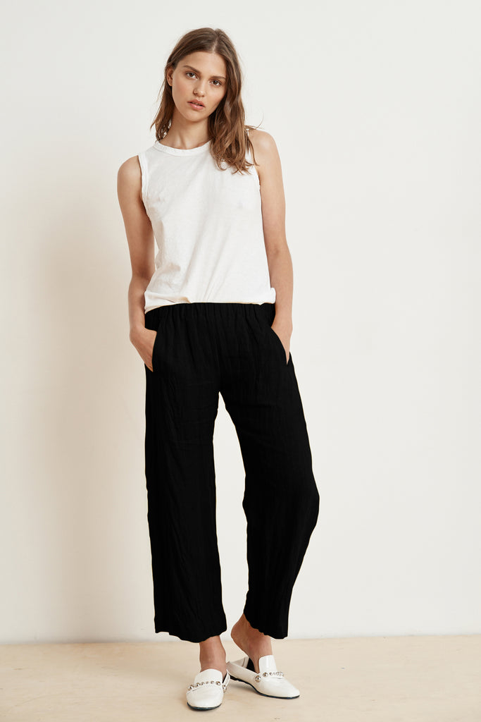 LOLA LINEN TROUSERS IN BLACK