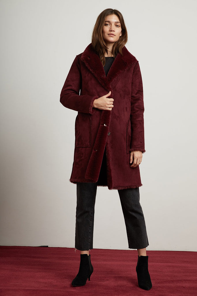 MINA LUX FAUX FUR REVERSIBLE JACKET IN BURGUNDY