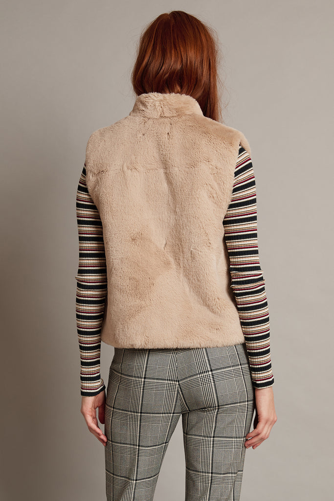 CHELLE LUX FUR VEST IN SAND