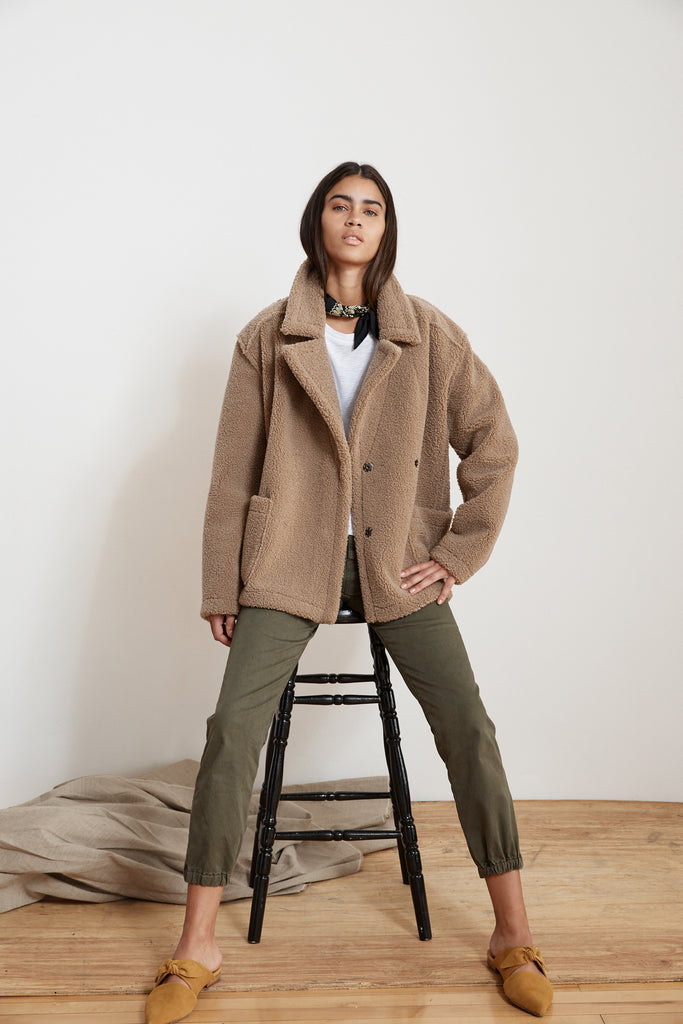 YOKO LUX SHERPA OVERSIZED JACKET IN TAN