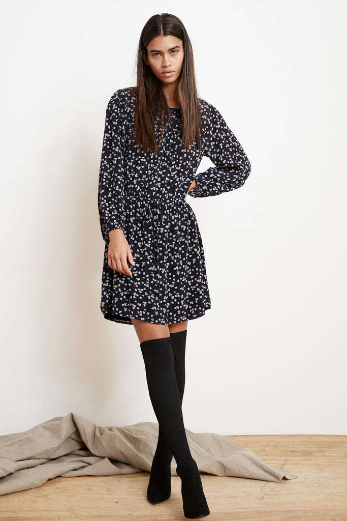 TRACY MIDNIGHT FLORAL DRESS IN MIDNIGHT