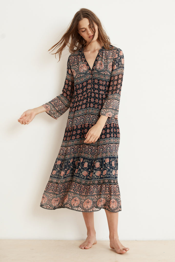 ZENDAYA MONACO PRINT LONG SLEEVE DRESS IN MULTI