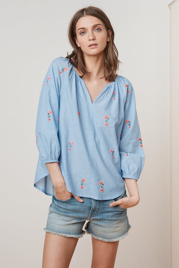 MARTHA EMBROIDERED CHAMBRAY RAGLAN TOP IN CHAMBRAY