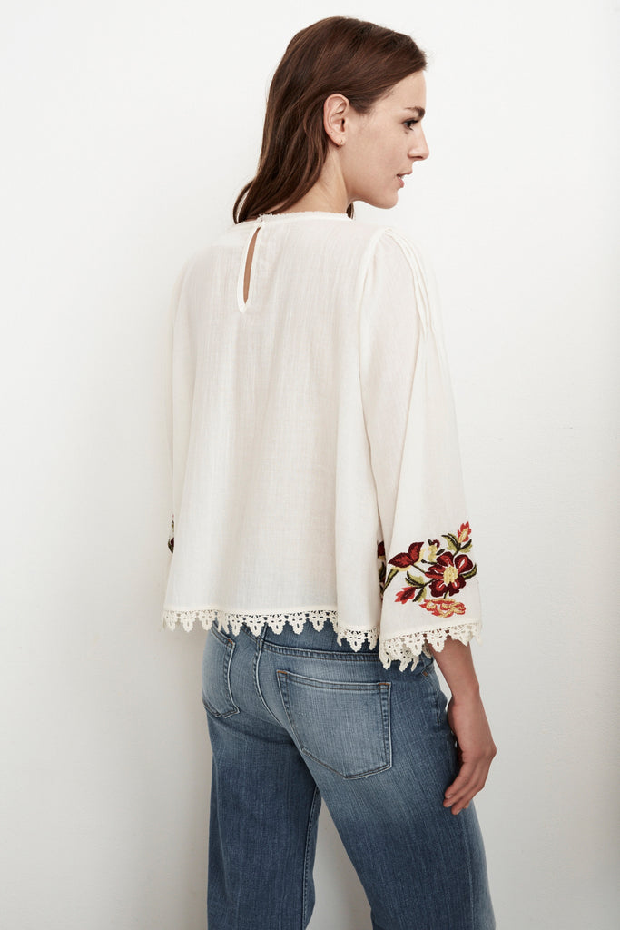 JESLYN PINTUCK EMBROIDERED TOP IN CREAM
