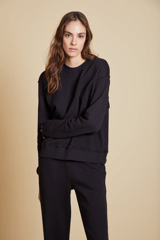 YNEZ ORGANIC COTTON SWEATSHIRT IN BLACK