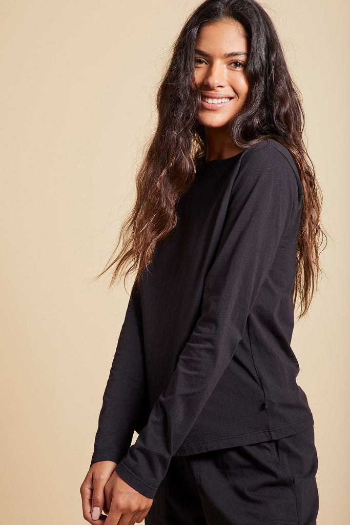 VICENTE ORGANIC COTTON TEE IN BLACK