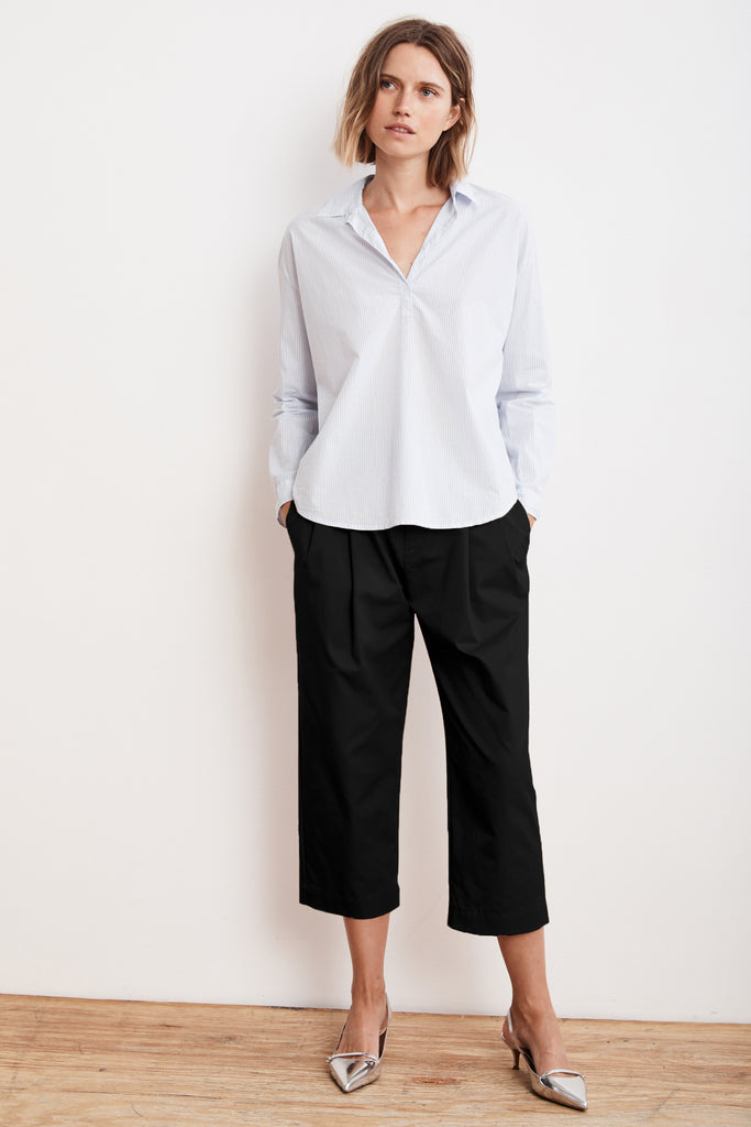 ENYA PLEATED CROPPED TROUSER PANT IN BLACK