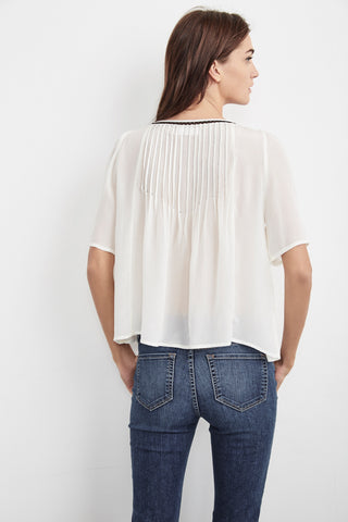 BLAKE PINTUCK VISCOSE TOP IN CREAM