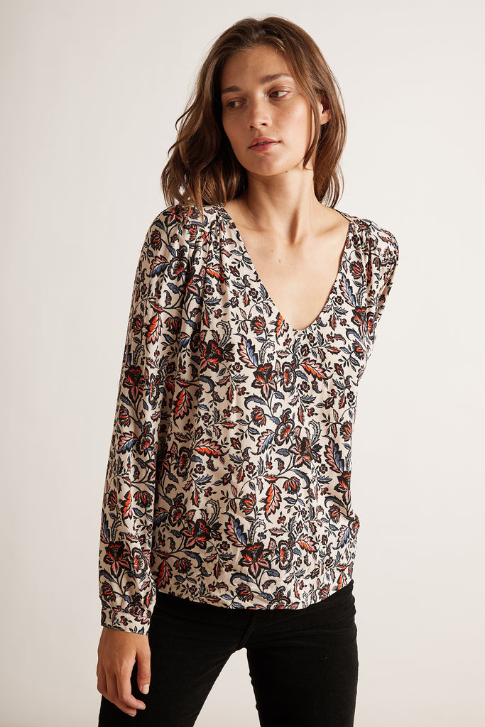 CARLY PRINTED CHALLIS TOP IN LEAF