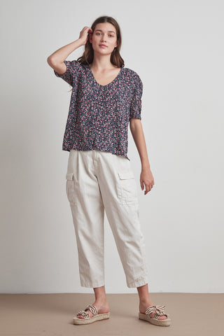 DAWN PRINTED CHALLIS BLOUSE IN AZALEA