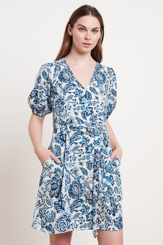 SHANI PRINTED CHALLIS DRESS IN JUNIPER